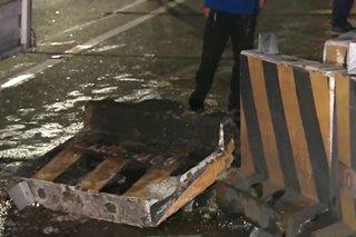 Van sumalpok sa mga concrete barrier sa EDSA-Ortigas
