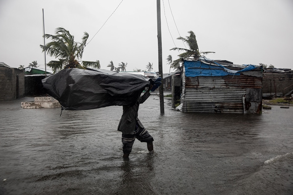 Storm damage worsens in a warming world, hiking pressure to adapt 1