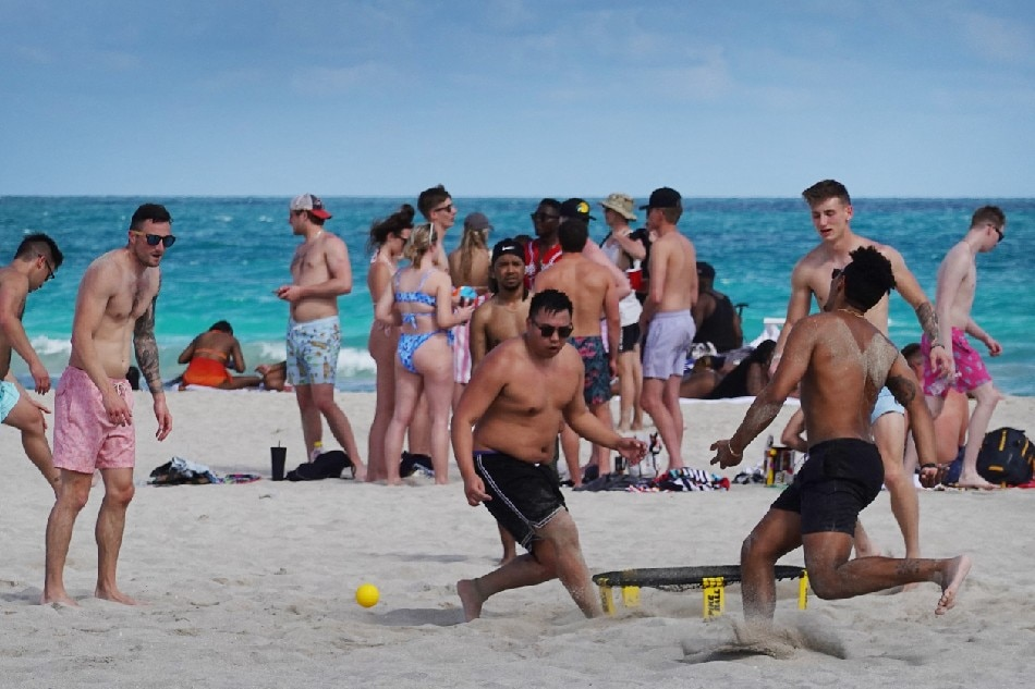 Miami Beach extends curfew, emergency powers to control spring break crowds 1