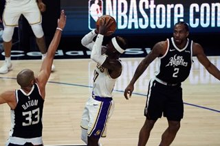 NBA: Kawhi Leonard paces Clippers in rout of hobbling Lakers