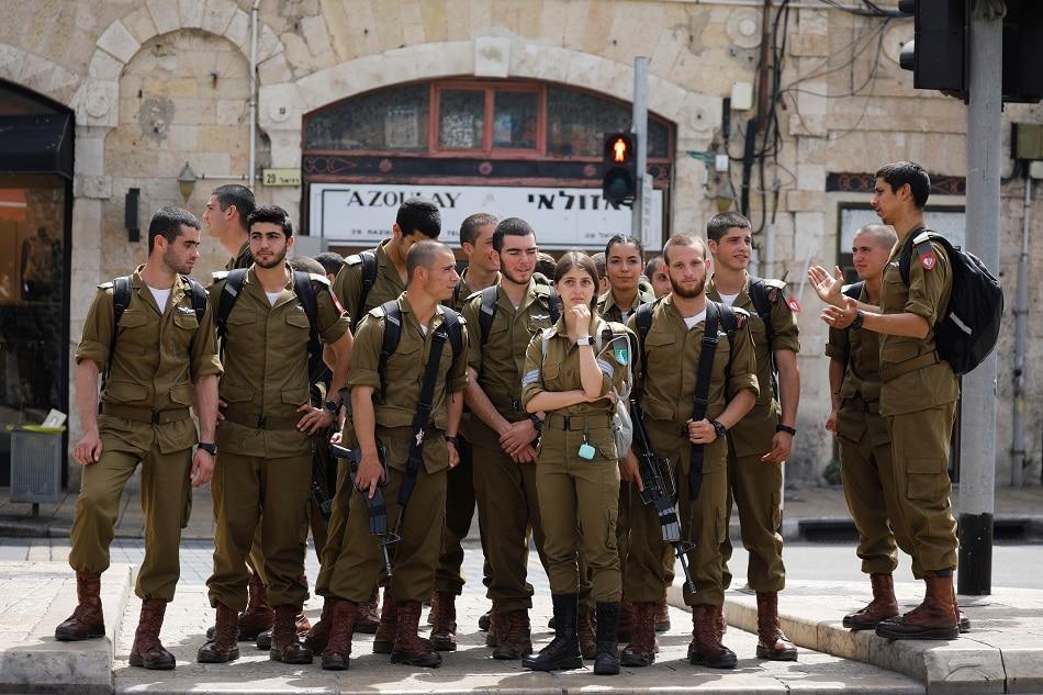 No more masks: Israel drops outdoor COVID mask order 1