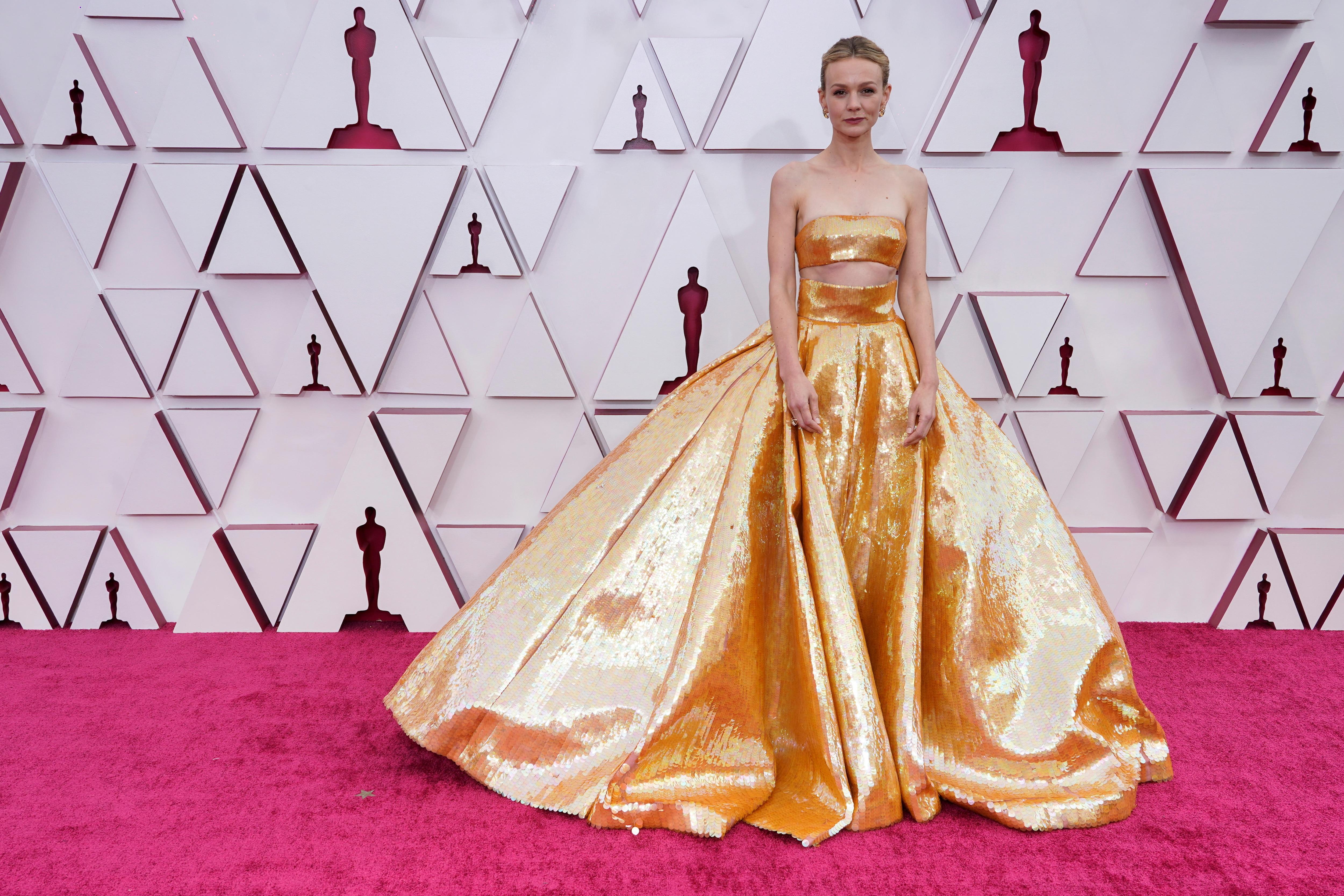 Regina King, Carey Mulligan, others step back onto Oscars red carpet 3