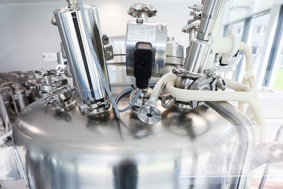 COVID-19 jab maker BioNTech to build SE Asia manufacturing site 1