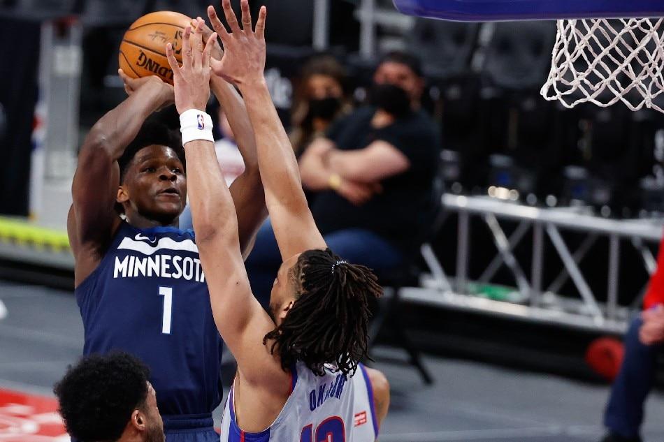 NBA: Surging Timberwolves cruise past Pistons 1