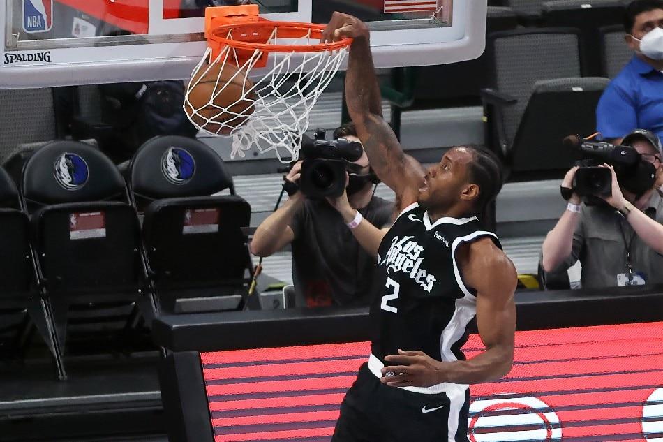 NBA: Kawhi Leonard leads Clippers past Mavs to even series 2-2 1