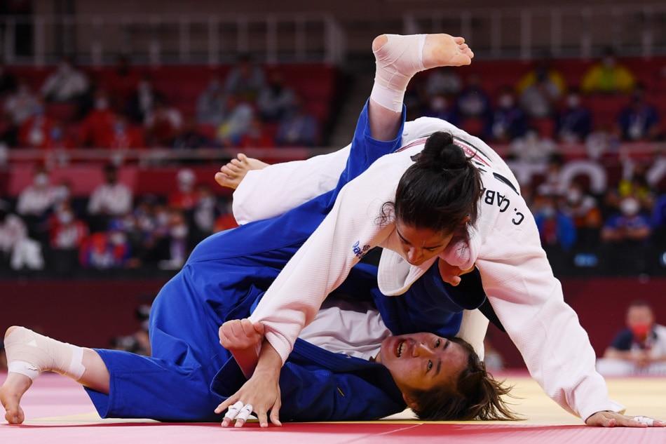 Kiyomi Watanabe bows to Spanish judoka