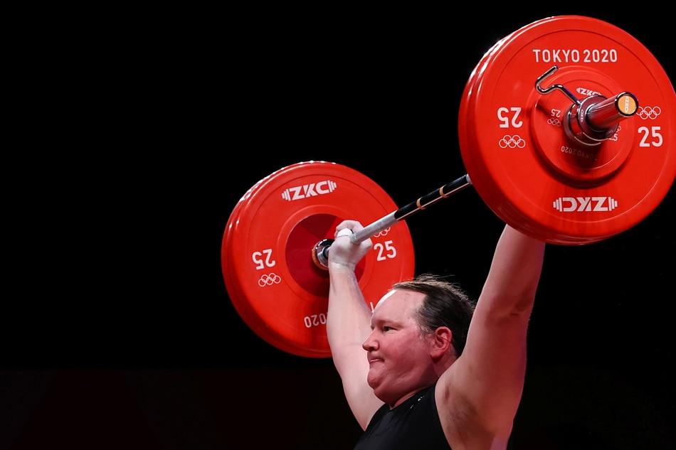 Tokyo Olympics: Transgender Olympian Hubbard hailed as debate rages 1
