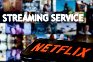 Netflix defends Dave Chappelle amid transgender row