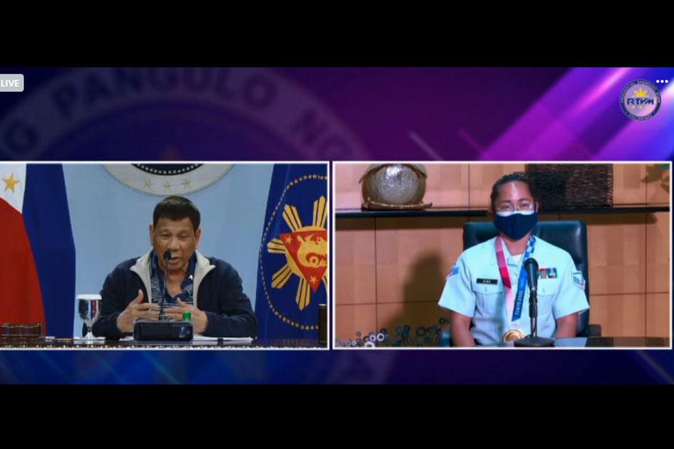 Duterte salutes Hidilyn Diaz, tells Olympic champ to let bygones be bygones 1