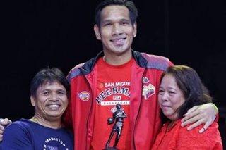 Fajardo back home in Cebu to grieve over mom's death