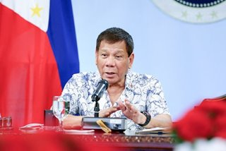 Duterte says to shun term extension even if handed on 'silver platter'