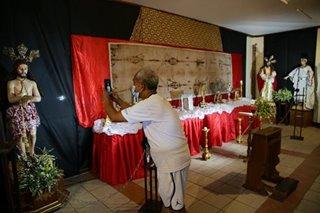 Exhibit of of religious artifacts opens in Las Piñas church