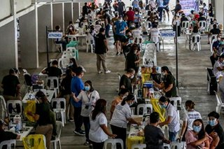 Robredo seeks priority vaccination for Filipinos with comorbidities exposed at work