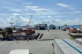 Bilang ng mga pasaherong stranded sa mga pantalan sa Visayas at Bicol, umabot na sa 1K