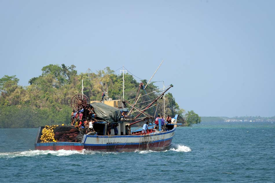 Pinoy fishermen hoping to sail to Scarborough again soon