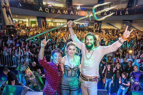 VIDEO: The Aquaman hysteria in Manila