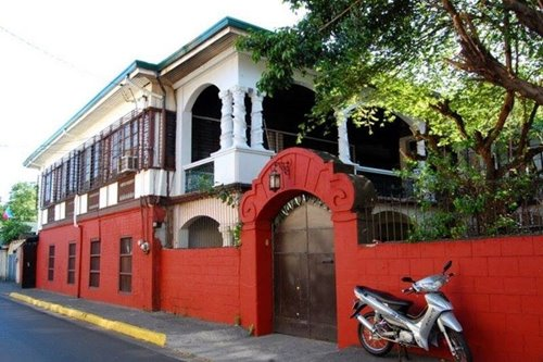 This Pandacan house was a 1930s movie studio, birthplace of the Pinoy talking picture