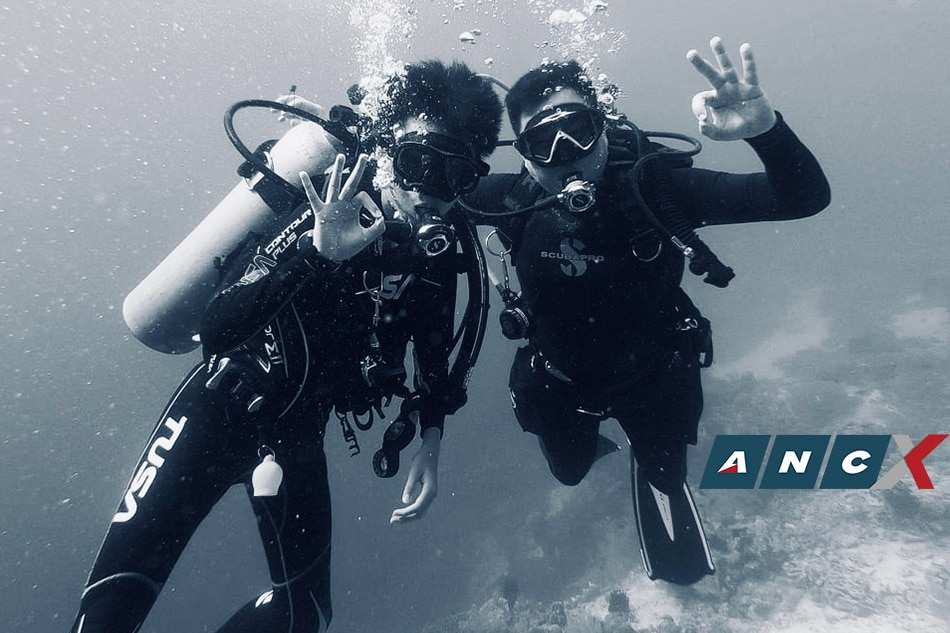 This father and son strengthen their bond by diving: 'You can't replace that shared adventure'