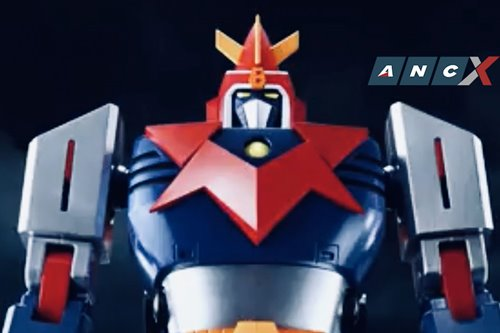 Attention 70s kids: this transformable Voltes V small scale toy will bring back childhood memories