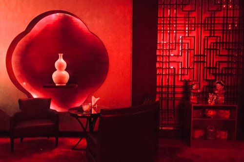 Enjoy Chinese artisan cocktails in this red-hot two-months-only speakeasy