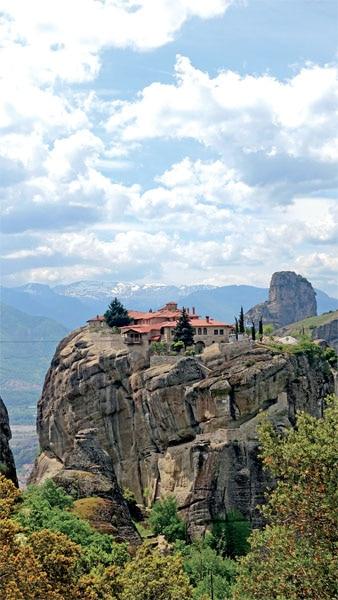 Of monasteries suspended in sandstone pillars 5