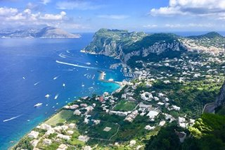 The Isle of Capri: everywhere you look, a Slim Aarons snapshot