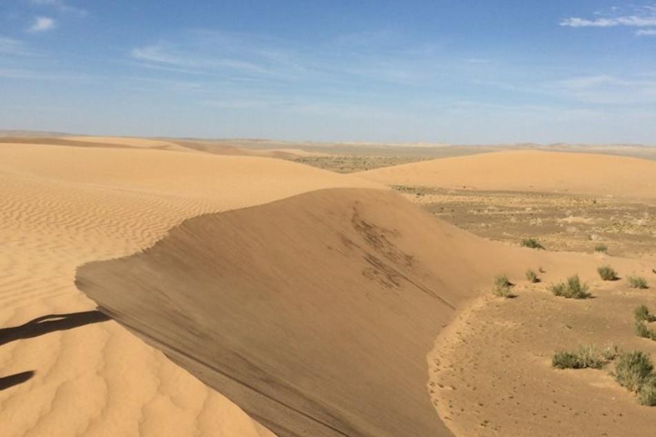 Getting away from it all in the Gobi desert 8