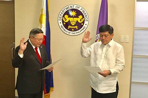 Duterte names new SEC commissioner