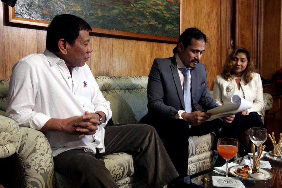 LOOK: Duterte grants executive clemency to Robin Padilla 1