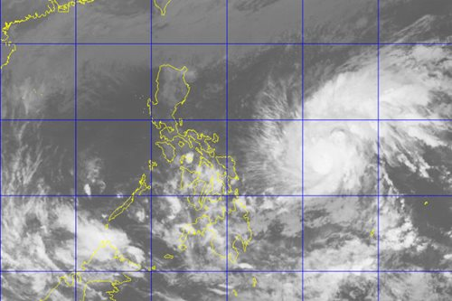 Signal no.1 raised in 4 areas as 'Nina' threatens Bicol