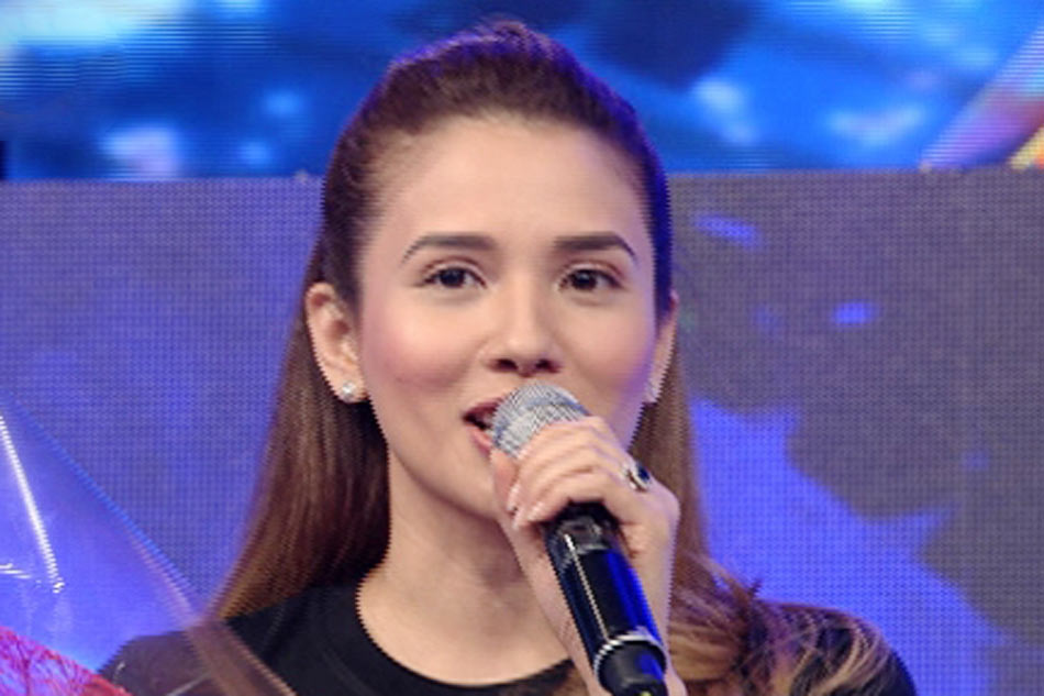 karylle temporarily leaves its showtime abscbn news