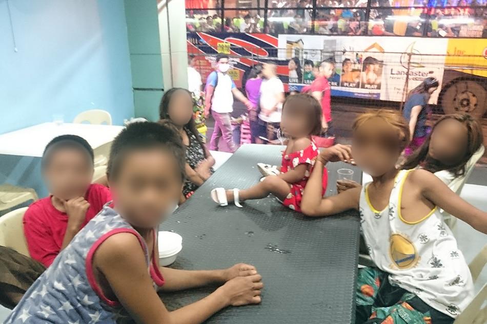 'Duterte's Kitchen' in Cubao serves free food for street kids 2
