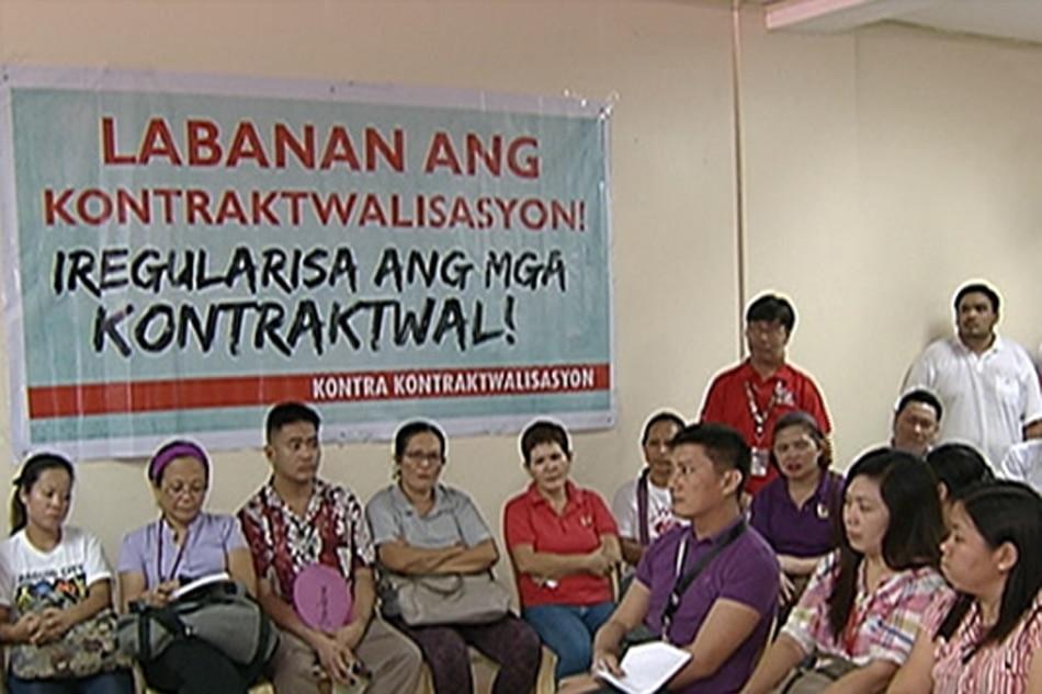 Ilang contractual gov't employees, nanawagan kay Duterte