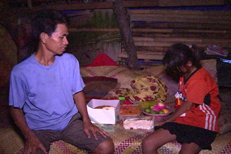 Dark New Year's eve welcomed in typhoon-hit Albay 2