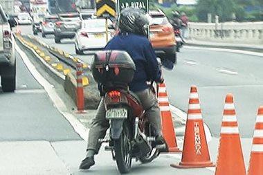 MMDA at I-ACT, maghihigpit sa motorcycle lane