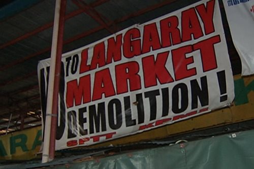 Demolition team, vendors in standoff at Langaray Market