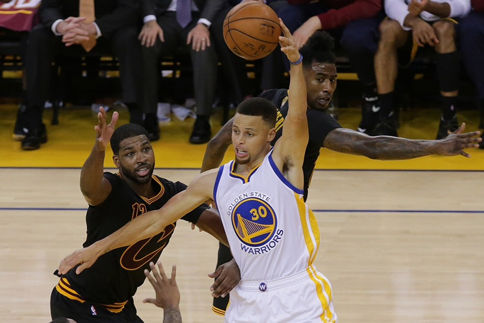 Finals pick up where they left off with Cavs-Warriors III