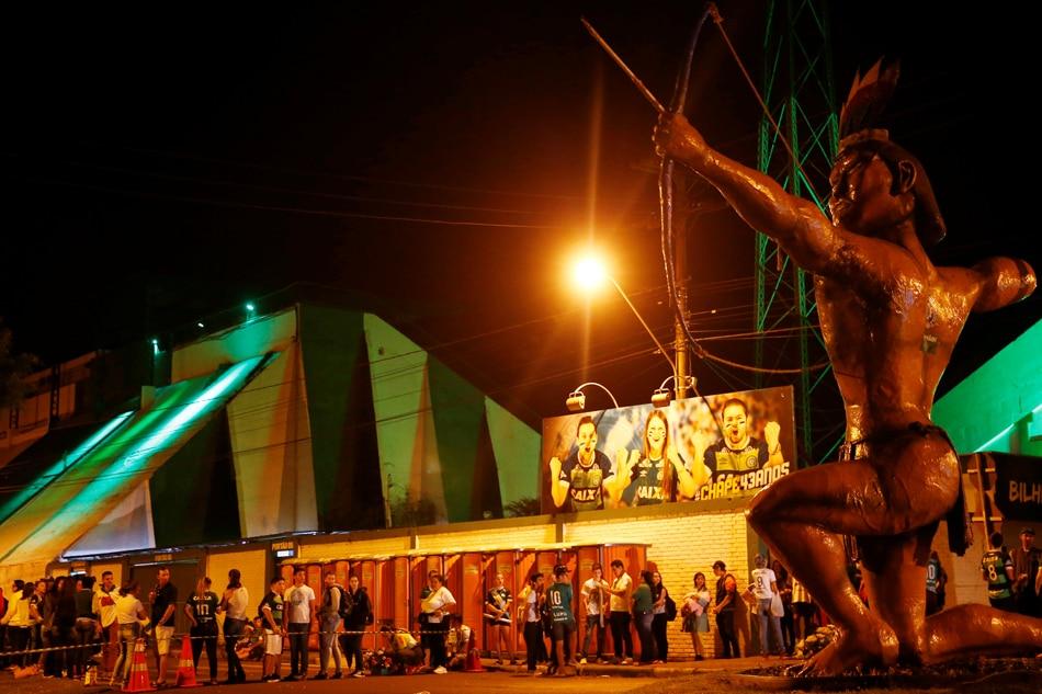 Brazil mourns Chapecoense crash victims at packed stadium wake 1