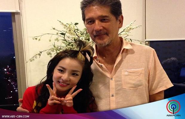 PHOTOS: Sandara Park visits Star Magic Office